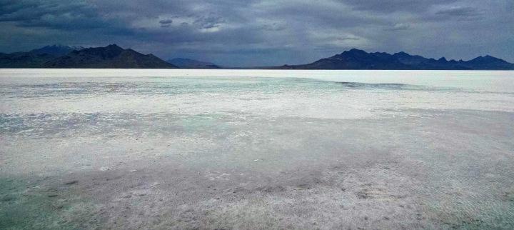 salt-flats-storm