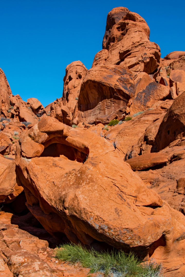 Vertical Rocks 1wp
