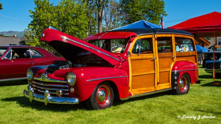 40s Ford Woody Wagon